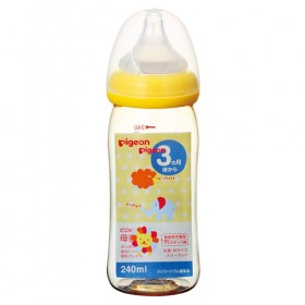 Pigeon Baby Bottle with breast feel nipples 240 мл